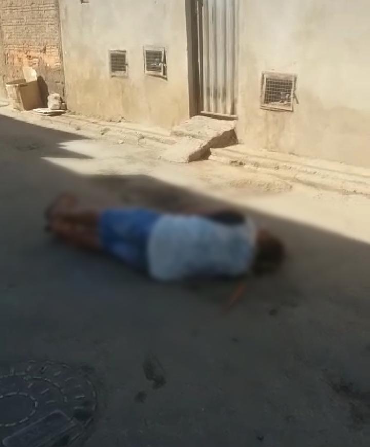 Resultado de imagem para Suspeito de abusar de três sobrinhas é linchado por populares em Montes Claros